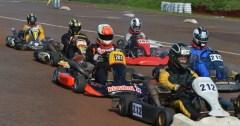 Con 35 máquinas en pista, se disputó la cuarta fecha del Campeonato Misionero de Karting (Foto Primera Edición)