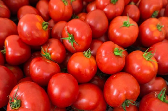 tomatoes-for-healthy-skin