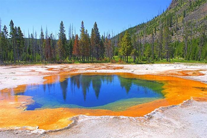 yellowstone-lake-usa