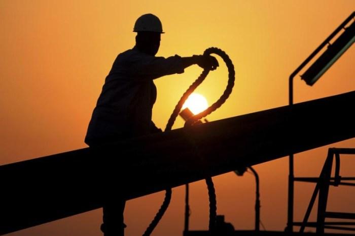 oilfield-workers-most-dangerous-jobs-in-the-world