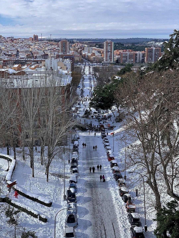 Calle de Segovia, hacia el oeste