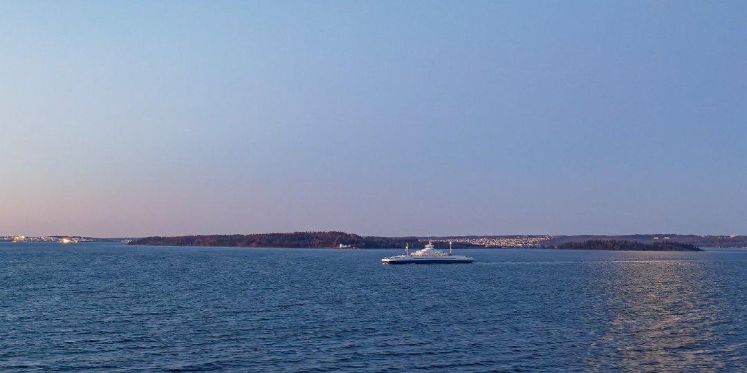 Ferry atravesando el Oslofjorden