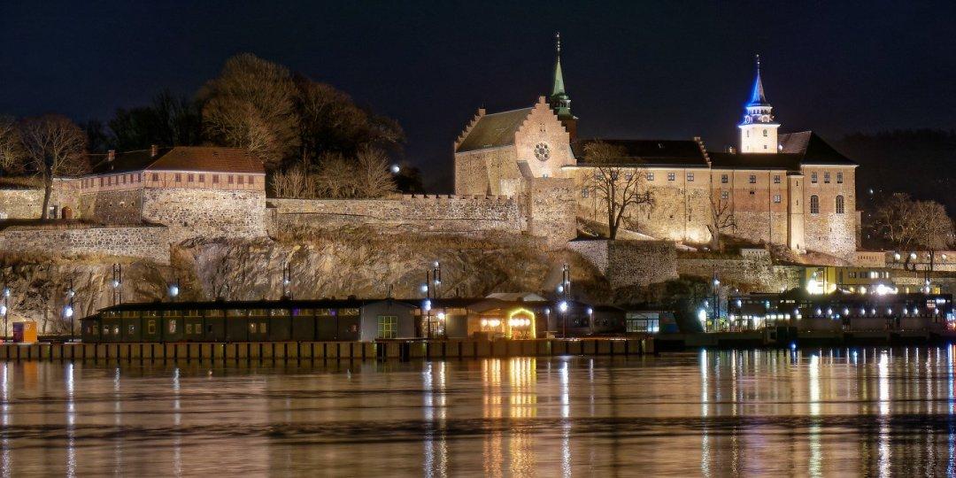 Akershus desde Aker Brygge