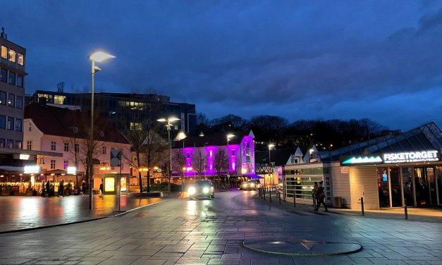 Un paseo nocturno por Stavanger