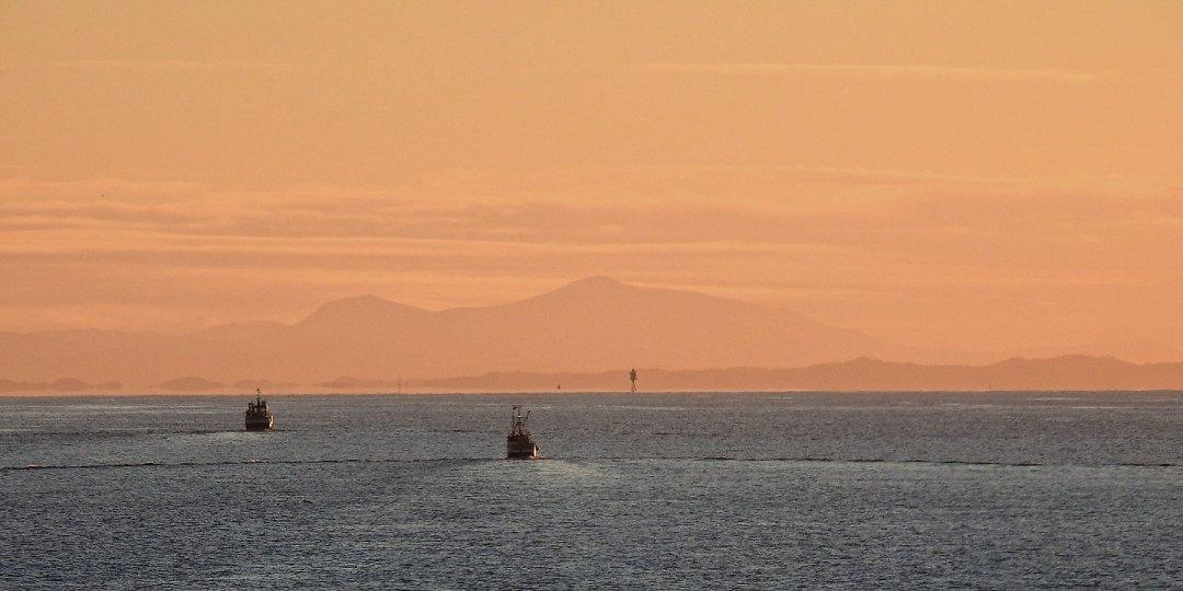 Atardecer en la costa de Trøndelag