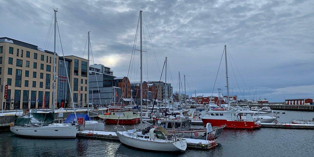 En el puerto de Bodø