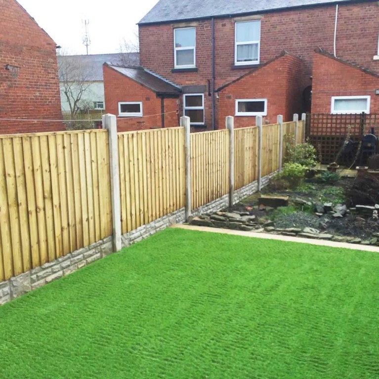 Garden Fencing Repair and Installation Service