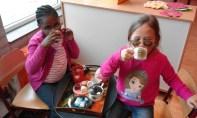 gezellig thee drinken als omaatje en opaatje