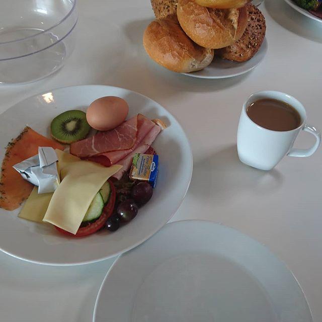 Lecker Frühstück bei IKEA