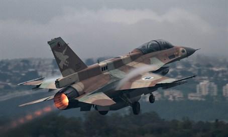 Israel øker den ulovlige bombingen inne i Syria. Hvorfor bruker ikke Syria S-300 luftforsvaret?