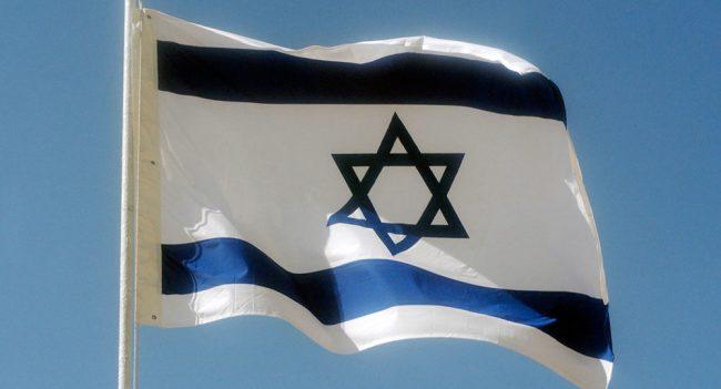 USAs utenriksminister forsikrer at Israel kan fortsette å herse med naboene sine.