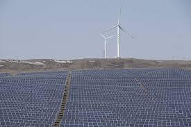 Overgangen fra kull-kraft til solkraft fører til dyrere energi. Det har utløst opprøret i Chile.