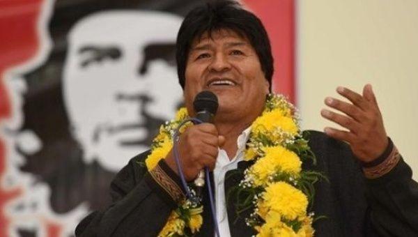 Intervju med Evo Morales, Bolivias president som ble avsatt gjennom er militærkupp i fjor høst.