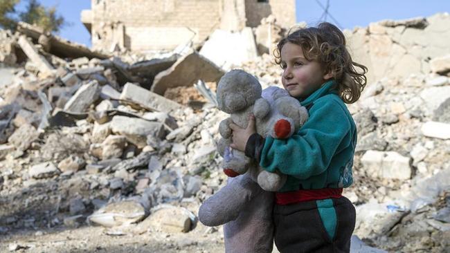 """""""For Sama"""" er en film som bekriver krigens grusomheter men ikke i sin politiske kontekst. Assad er skurken."""