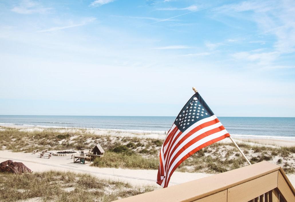 Florida irriterer mange ledere i andre delstater i USA. De har hatt lite restriksjoner på Covid-19 og få døde. Det må være feil!