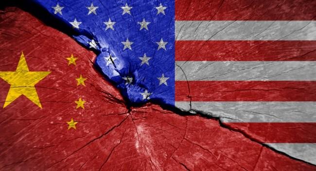 Kampen om den økonomiske makten mellom USA og Kina tilspisses nå hele tiden.
