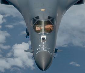 USA skal nå true Kina med bombefly og ikke hangskip. De kan kineserne nå senke hvis de må.