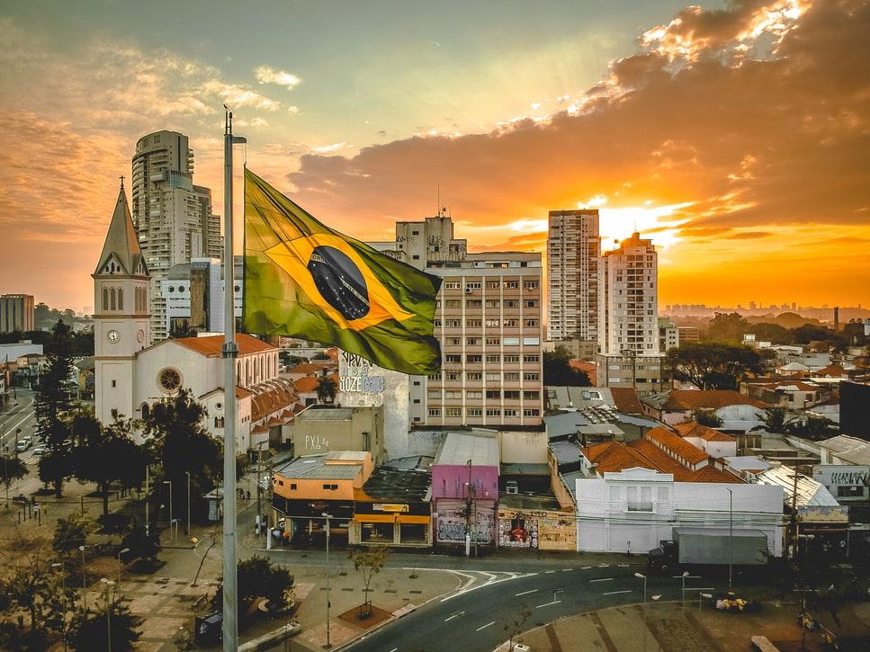Korrupsjons-dommen mot Brasils tidligere president er omstøtt. Det skaper en helt ny situasjon i landet.