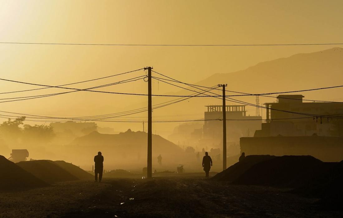 At USA trekker ut 2500 regulære soldater fra Afghanistan betyr ikke at krigen er over.