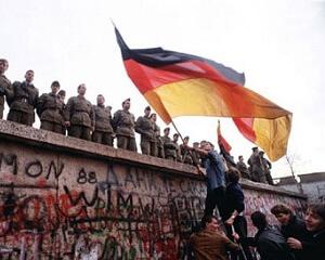 fall-of-the-berlin-wall hudud / sınır / граница / frontière / الحدودHudud / Sınır / граница / Frontière / الحدود