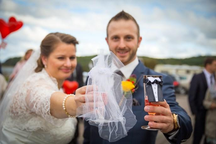 Brautpaar mit Sekrglas