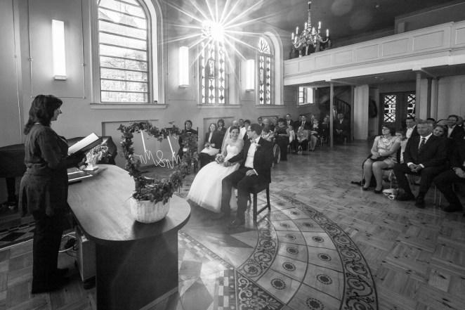 8_Hochzeitsfotos-Stralsund-St-Annen-Rügen-derinselfotograf-2017_0101