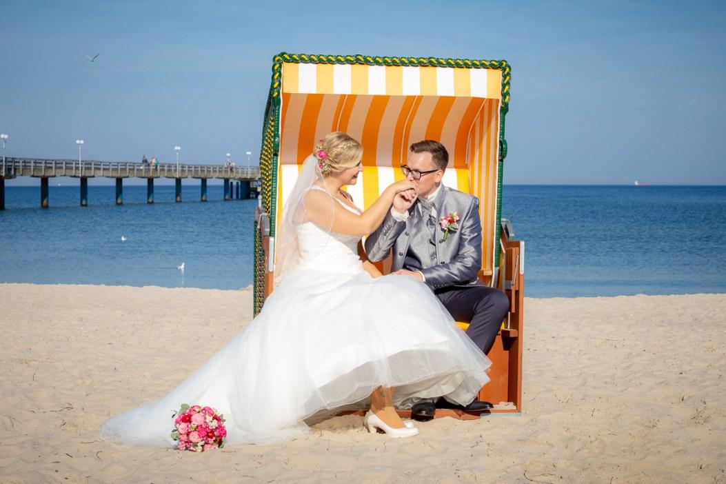 12_Hochzeitsbilder-Binz-Schaprode-Rügen-Derinselfotograf_1287