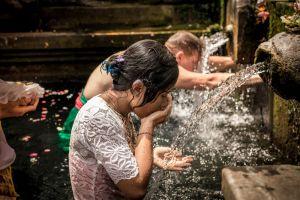 Bali: Yerle Göğün Birleştiği Ada