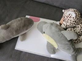 FINN, ANTJE und LEO gefällt das Buch. (Foto: Susanne Gugeler)