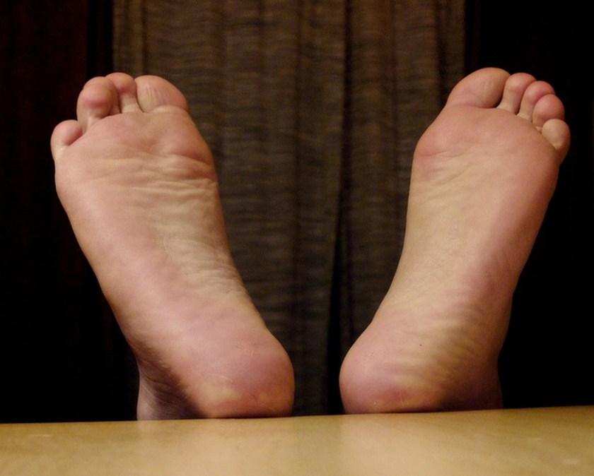 les pieds qui demangent