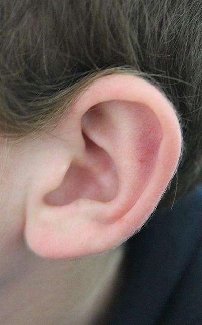 boucle d oreille qui fait le tour de l oreille bijoux populaires. Black Bedroom Furniture Sets. Home Design Ideas