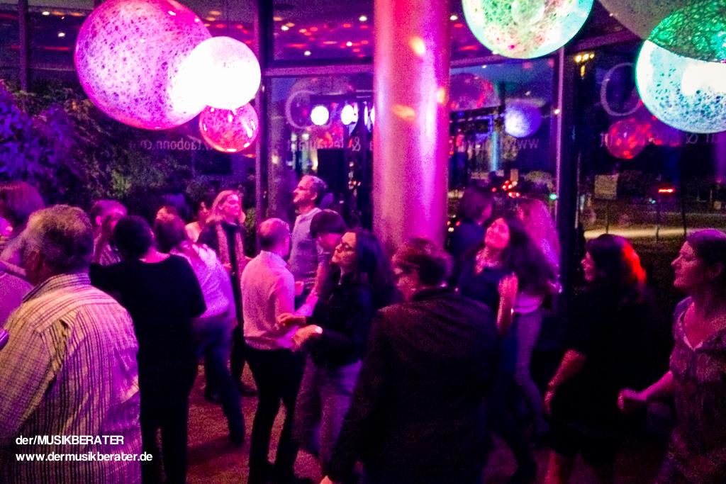 01 TAO Bonn firstfriday bar restaurant Rhein www.dermusikberater.de 05-2015