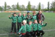 EEMNES – De E1 van voetbalclub S.V. Eemnes heeft zondag 17 mei de derde plek behaald op het Nederlands Kampioenschap.