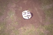 Actiegroep ANONEEMNES claimt de verdwijning van de middenstip van veld 1 van SV Eeemnes