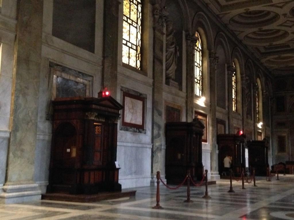 Confessionnaux de la basilique Saint-Paul hors les murs