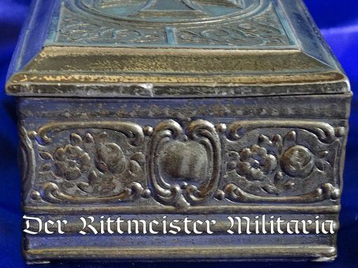 PATRIOTIC BOX - FEATURING 1914 IRON CROSS - Imperial German Military Antiques Sale