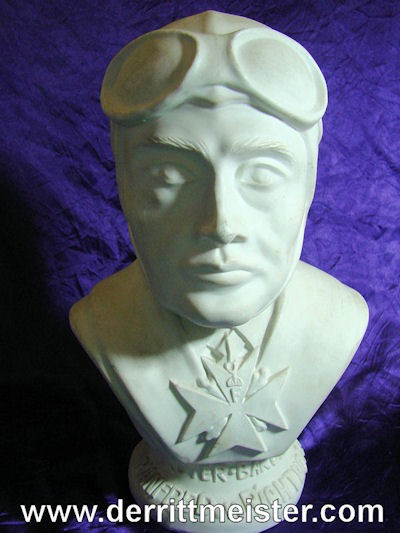 GERMANY - BUST -RITTMEISTER MANFRED von RICHTHOFEN - Imperial German Military Antiques Sale