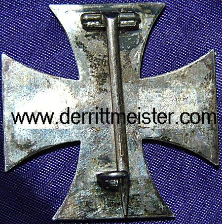 IRON CROSS - 1914 - 1st CLASS - ORIGINAL PRESENTATION CASE - Imperial German Military Antiques Sale