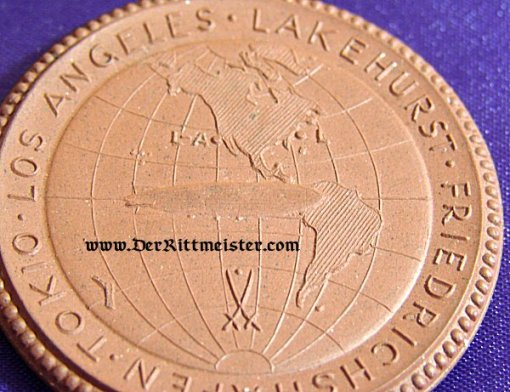 """GERMANY - TABLE MEDAL - MEISSEN - GRAF ZEPPELIN """"AROUND THE WORLD VOYAGE"""" - 1929 - Imperial German Military Antiques Sale"""