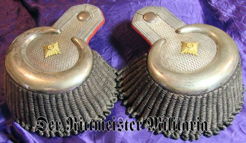 BAVARIA - EPAULETTES - GENERALLEUTNANT a.D - Imperial German Military Antiques Sale