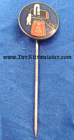 STICKPIN FEATURING BUSBY AND SÄBELTASCHE - Imperial German Military Antiques Sale