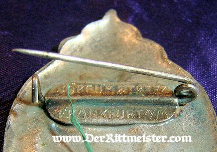 FRANKFURT - SHOOTING BADGE - Imperial German Military Antiques Sale