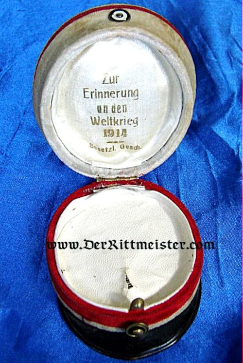 JEWELRY BOX - REPRESENTING THE GARDE du CORPS - Imperial German Military Antiques Sale
