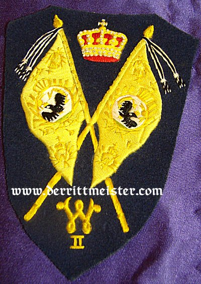 PRUSSIA - SLEEVE PATCH - REGIMENTAL FAHENTRÄGER PREWAR - FOR A DUNKEL-BLAU TUNIC - Imperial German Military Antiques Sale