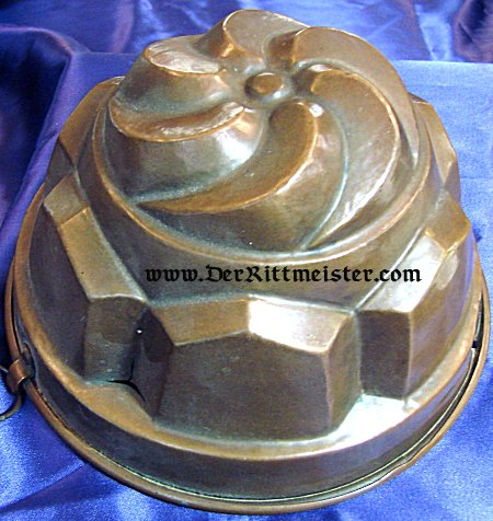GERMANY - CAKE PAN - CROWN-SHAPED - Imperial German Military Antiques Sale