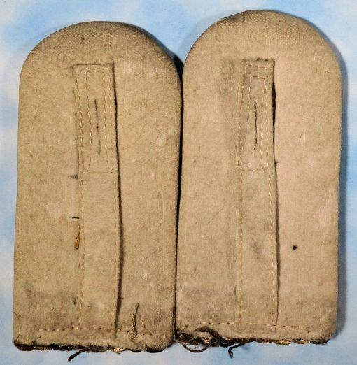 """PRUSSIA - SHOULDER BOARDS - LEUTNANT' - """"C"""" CYPHER - Imperial German Military Antiques Sale"""
