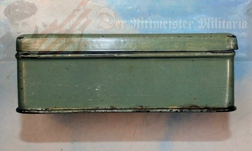 CIGARETTE TIN - MANOLI RUMBLER-TAUBE - LARGE-SIZE FIFTY CIGARETTES - Imperial German Military Antiques Sale