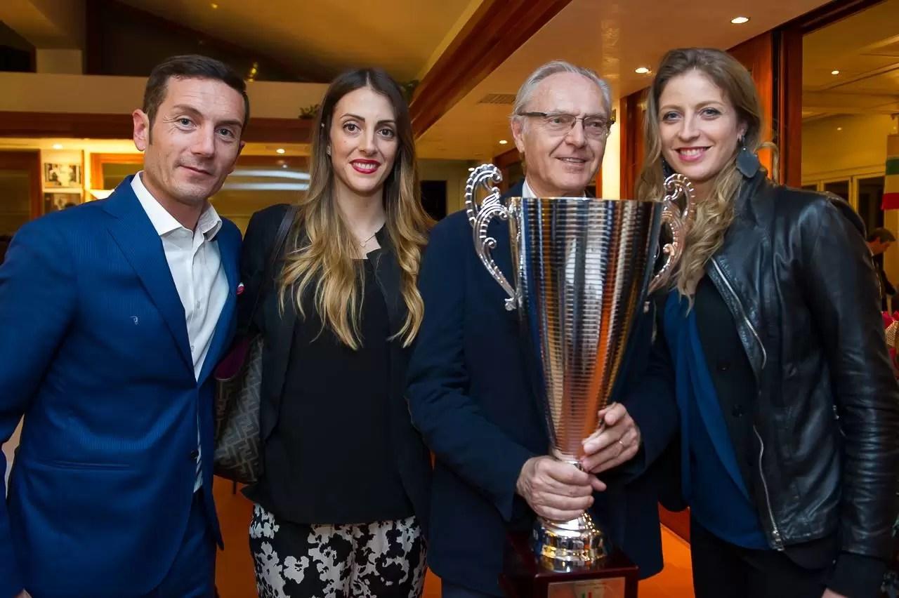 Piero Garbellotto (Presidente Imoco Volley), Lucia Crisanti (giocatrice), Giorgio Caballini di Sassoferrato (Presidente del CdA Dersut Caffè) e Alice Santini (giocatrice), durante la serata di festeggiamenti per la vincita del campionato Serie A 2015/2016.