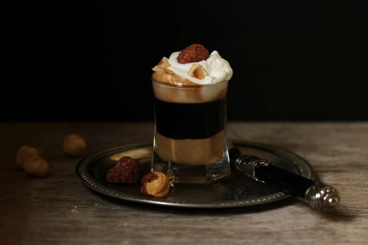 Caffè alla nocciola - con pasta di nocciole fatta in casa