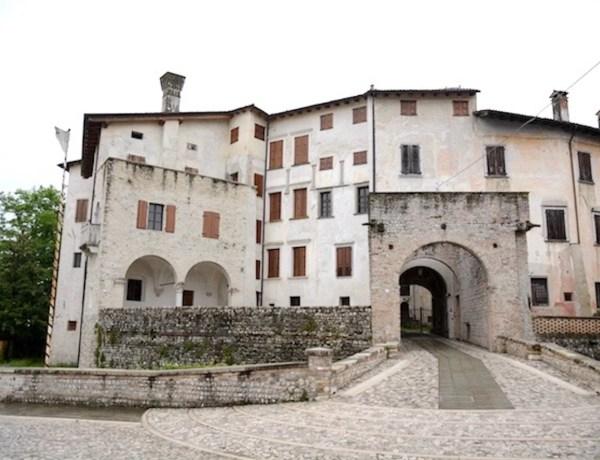 castello di valvasone